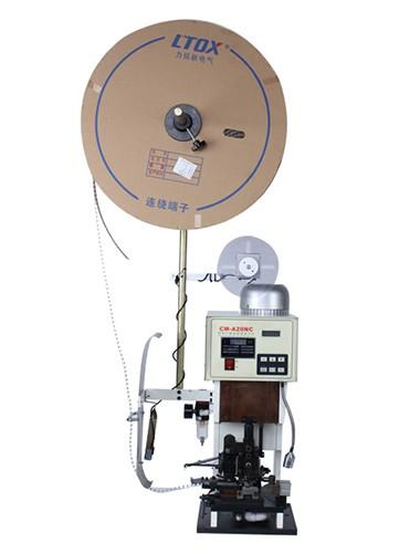 HC-2BT Wire stripping terminal crimping machine (up to AWG15)
